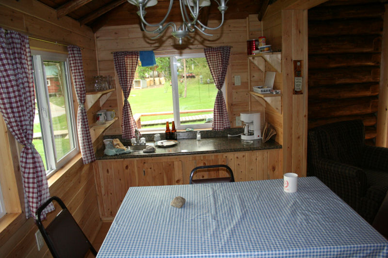 Cabin 3 dining area